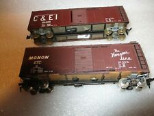 2 H.O. SCALE METAL BOXCARS WITH WOOD UNDERCARRIAGES MONON RAILROAD &C&EI. RAILRO