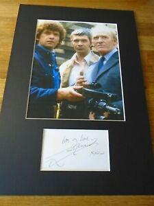 Lewis Collins The Professionals Genuine Signed Autograph - UACC / AFTAL.