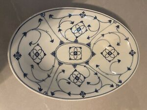 Vintage Winterling Bavaria Strawflower Blue And White Porcelain Oval Bowl