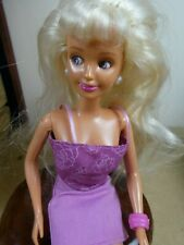 Vintage 1994 Magic Eyes Sindy Moving Eyes with Outfit