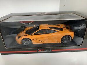 1996 McLaren F1 GTR Le Mans Roadcar Orange 1:18 UT-Models 26006