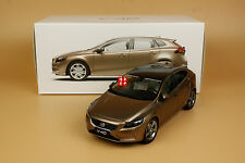 1:18 Volvo V40 brown color model + gift