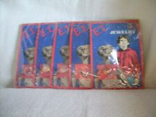 1982 E.T. THE EXTRA TERRESTRIAL JEWELRY SET OF 5 RINGS ON CARDS STAR POWER