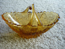DAVIDSON & CO. PRESSED GLASS AMBER BASKET WITH CROSSED HANDLES/ ENGLAND
