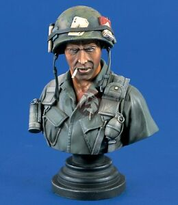"Verlinden 200mm (1/9) ""The Grunt"" US Airborne Division Soldier Bust Vietnam 1317"