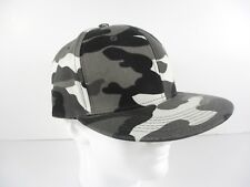New Era 9FIFTY Flat Brim Snapback Hat Cap -Black and White Camo