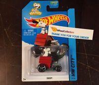 Snoopy #59 D32 2015 Hot Wheels Peanuts