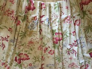 Laura Ashley vintage Neisha single curtain.