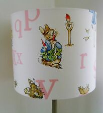 Beatrix Potter-Peter Rabbit ALFABETO Vivaio fatti a mano paralume da soffitto 30 cm.