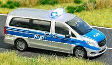 Busch 5597 MERCEDES V-klasse Polizei H0