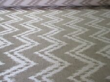 QUALITY UPHOLSTERY FABRIC IN A SUPERB GOLDEN BROWN & CREAM CHEVRON DESIGN.