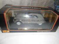 Maisto Special Edition Citroen 2CV (1952) 1:18 Scale