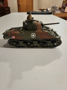 Unimax Forces of Valor Sherman Tank 1:32