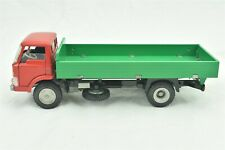 Tekno Ford D-800 Delivery Truck Red Green