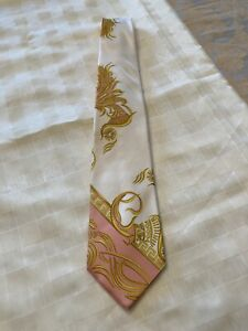 NEW NWT Gianni Versace 1990's Baroque 100% Silk Men's Neck Tie Pink White Gold