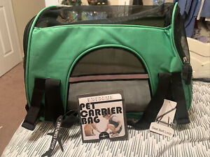 Pet Carrier Bag. For Pets Up To 10 LBS.