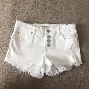 Billabong Women's Size 24 White Jean Shorts Faded Distressed Frayed Hem