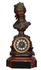 Horloge en régule jeune fille drapé l'époque fin XIXème