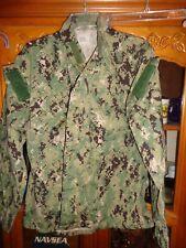 Aor2 Nwu Woodland Camicia Blu Navy USN Misura L lungo W/ Ace Nwot Ll