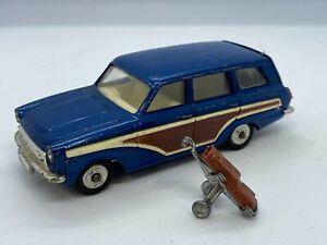 Corgi Toys 440 Ford Consul Cortina Super Estate Car Original Vintage Model
