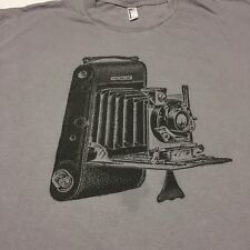 Old Time Camera 2XL Gray T-shirt Photo Photographer Antique Large Format Field