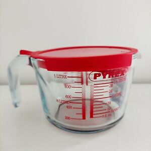 Pyrex Classic Glass Measuring Jug with Lid High Resistance 1.0L Transparent