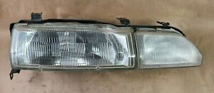 1990 - 1993 DA Acura Integra LS GS Passenger Right Headlight OEM Stanely
