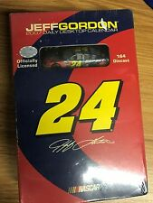 "JEFF GORDON 2007 Daily Desktop Calendar ""Collectors Edition"" WITH 1:64 CAR"