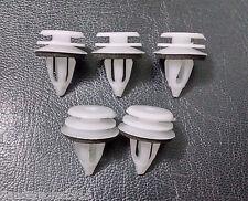 Plastica Auto Interni Pannello Della Porta Clip Trim 21 x 18mm - 5 confezione Bianco