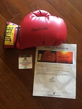 Muhammad Ali Hand Signed Boxing Glove With COA & Matching Hologram - GLOBAL AUTH