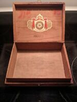 Vintage Cigar Box Hand Made Royal Jamaica, Jamaica Tobacco Co. Pirates Free Ship
