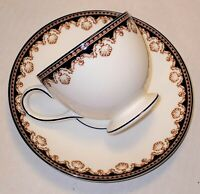 Wedgwood Bone China Medici Leigh Cup and Saucer R4588 Black Gold Made in England
