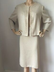NEW  ST JOHN KNIT EVENING SIZE 18 SKIRT & JACKET SUIT GOLD SHIMMER & JEWELS