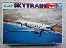 """Italeri 1:72 Douglas C-47 """"Skytrain"""" (DC-3 """"Dakota"""". Kit Nr. 127"""