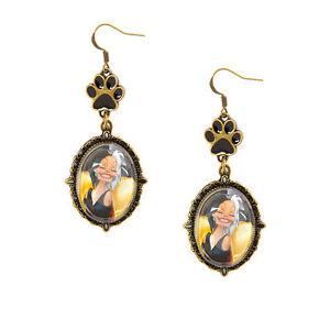 Claire's DISNEY VILLAINS Jewelry  CRUELLA DE VIL Earrings Costume 101 Dalmatians