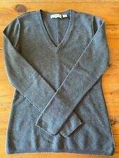 Inhabit V Neck Gray 100% Cashmere Sweater Back Seam Sz S