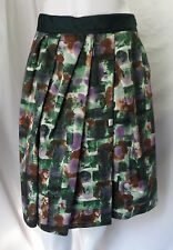 """LAVIA"" GREEN ABSTRACT PRINT CASUAL CAREER COTTON BLEND SKIRT SIZE: 44 (L)"