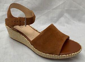 BNIB Clarks Ladies Kamara Sun Tan Suede Wedged Sandals