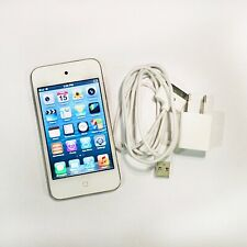 Apple iPod Touch (4th Generation - 8GB)