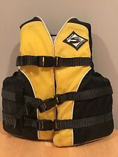 Sterns Yellow Youth Flotation Aid Type Iii Ski Vest 50-90Lbs Model 29-88 Style 6