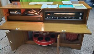 Vintage Phono-Sonic: Koronette Console Stereo Receiver-Record Player-8 Track