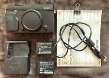 Black Fujifilm X Series X-E1 16.3MP Digital SLR Camera + Extra READ DESCRIPTION