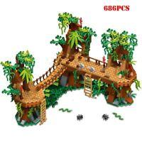 686pcs Forest Tree Castle House Village Bridge Model Building Blocks Set DIY