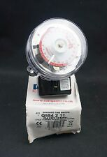 Sangamo RPTS Q554 2 11 24hr TIMER 2 ON/OFF 3 Pin interruttore di tempo base Q554211 (D37)