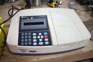 Pharmacia Biotech Ultrospec 2000 UV/ Visable Spectrophotometer