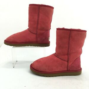UGG Womens 7 Classic Short Pull On Winter Boots Red Suede Sheepskin Fur 5825
