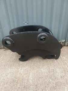 MILLER HYDRAULIC QUICKHITCH ON 70MM PINS TO SUIT 13 TON EXCAVTOR