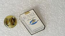 PIN'S PAQUET DE CIGARETTES ROYALE ULTRA LEGERE