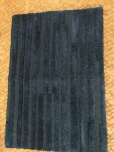 2 Threshold Stripe Solid Accent Rugs Navy Blue 24 By 36 BRAND NEW