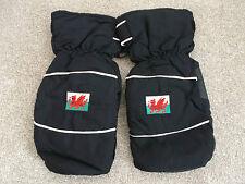 Welsh Flag Branded Golf Winter Mitts *New*